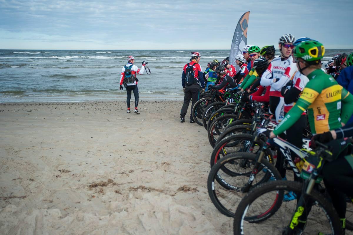 Vi var ca. 200 stykker som startet samtidig på stranda